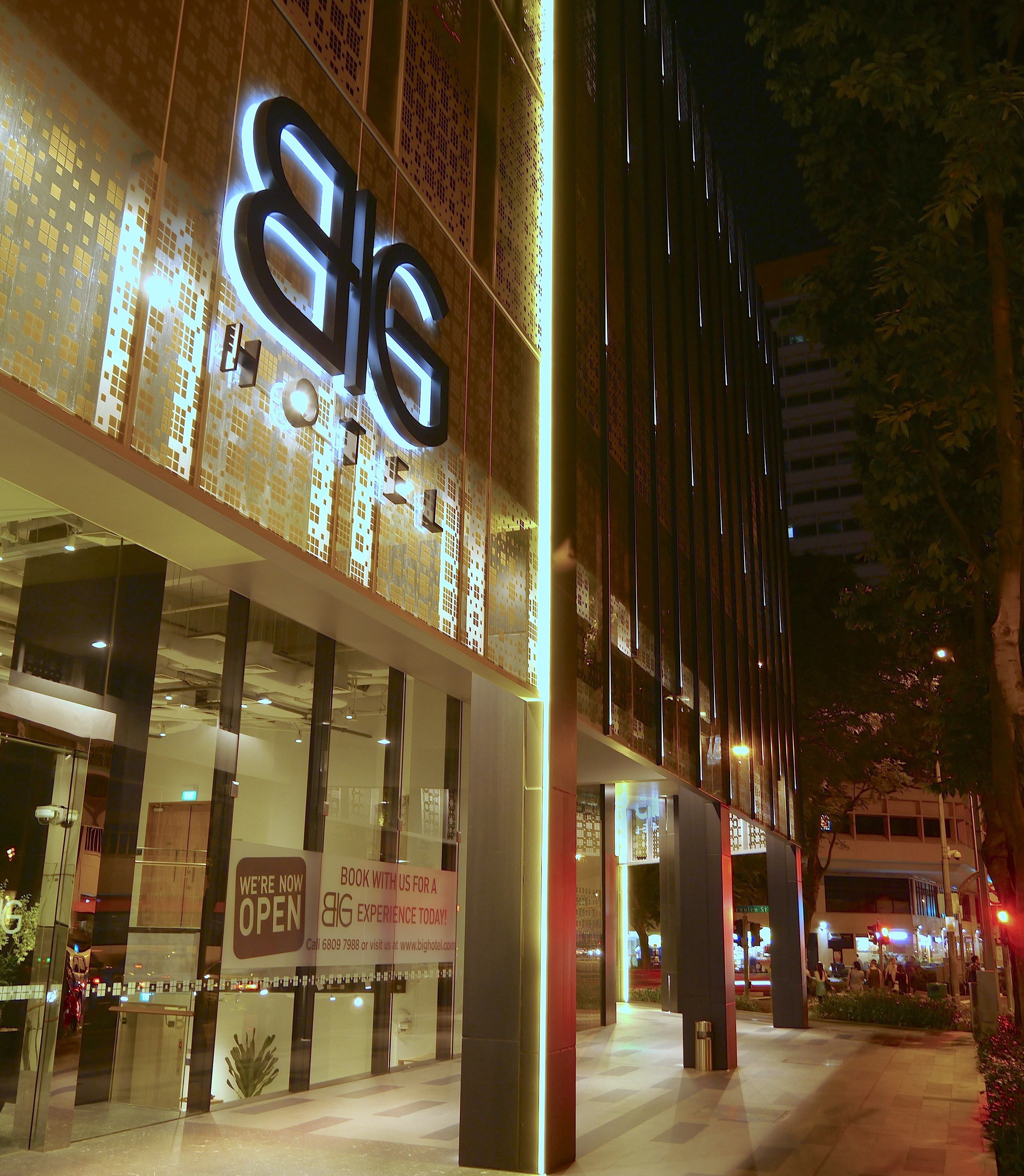 Socialight Big Hotel 3