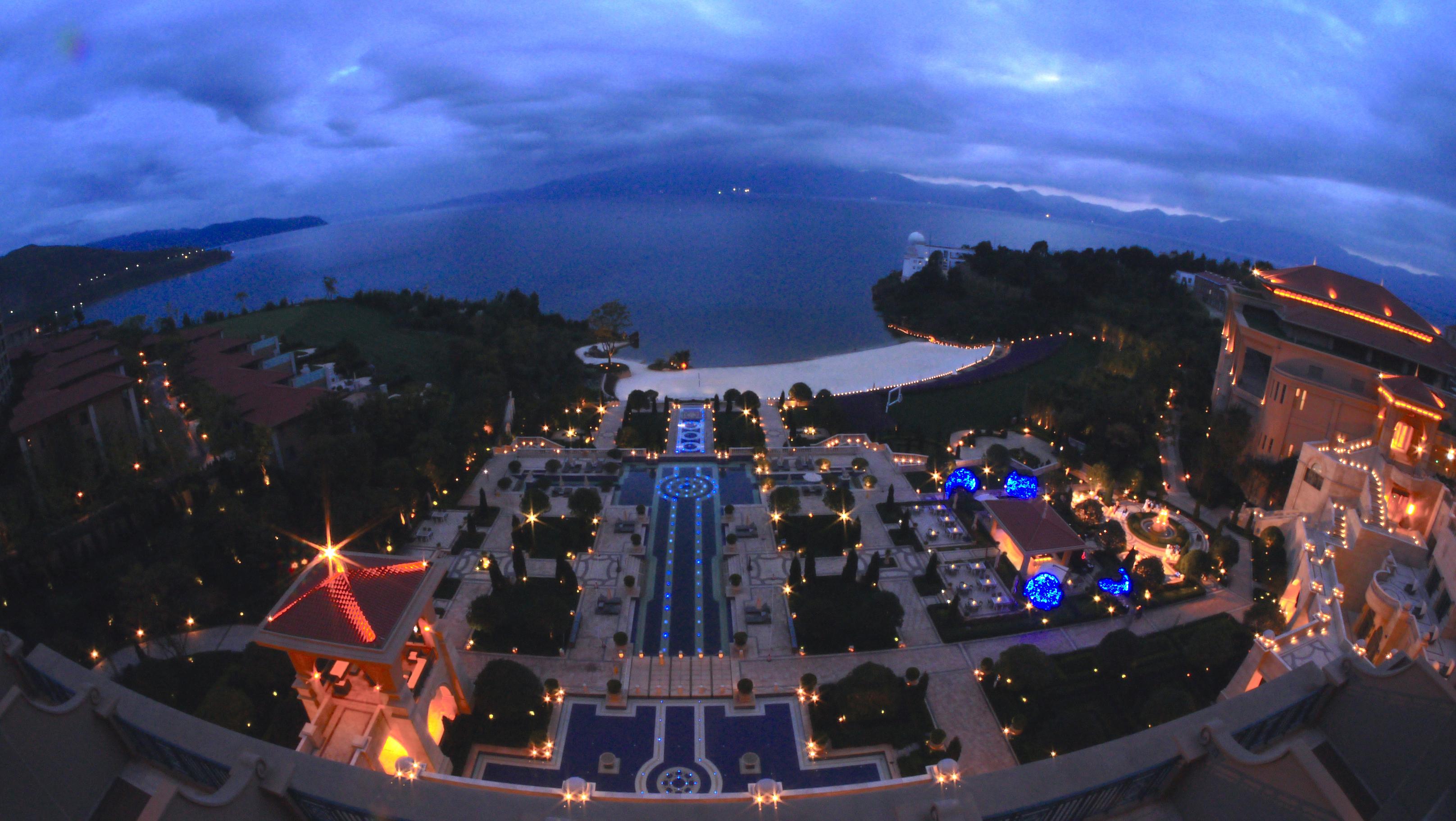 Socialight 3 Hilton Fuxian Lake Landscape 2