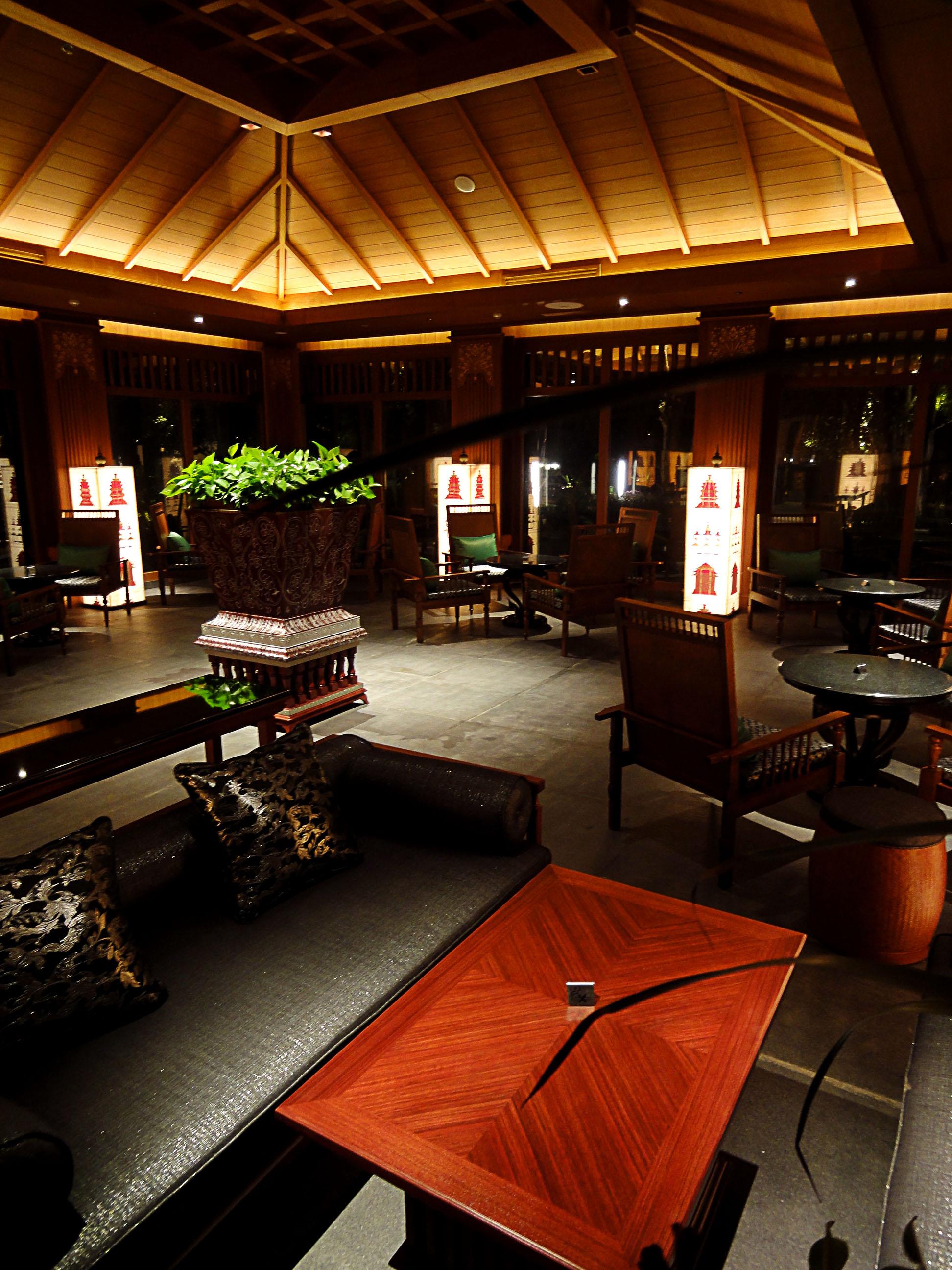 SOCIALIGHT CROWNE PLAZA XISUANGBANNA 0925_Lounge