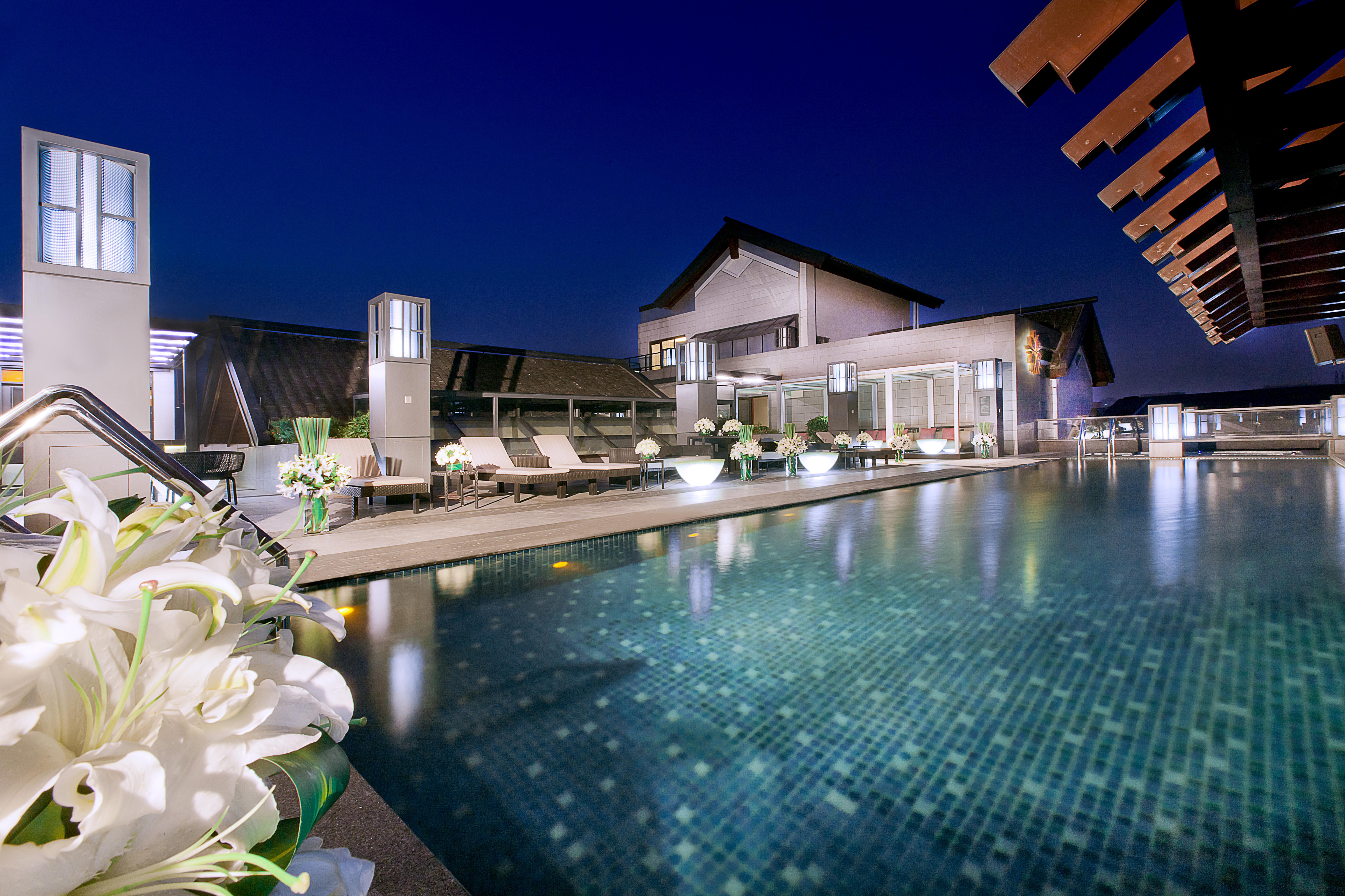 SOCIALIGHT ANGSANA HANGZHOU Swimming_Pool