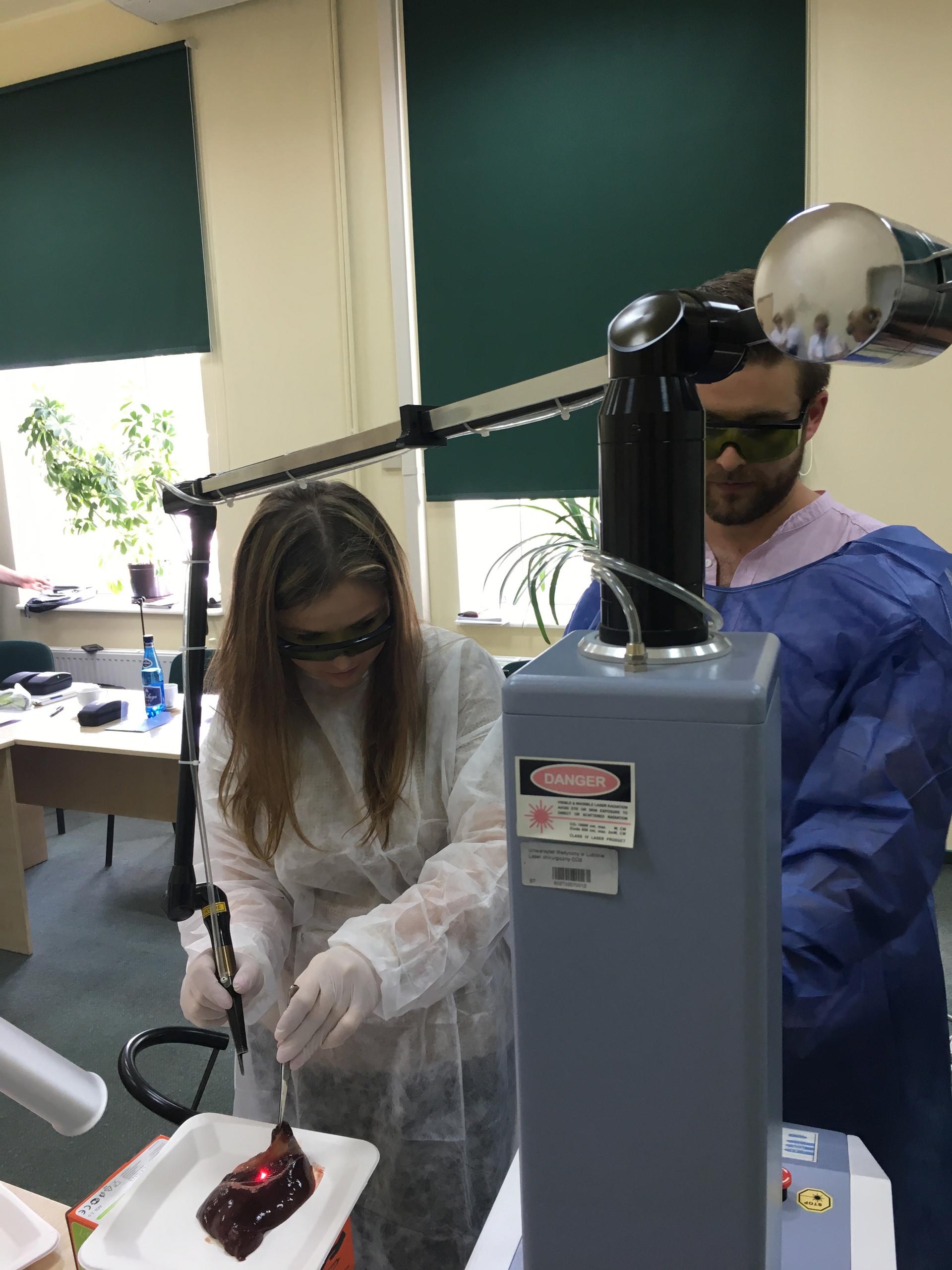 Lasery w stomatologii