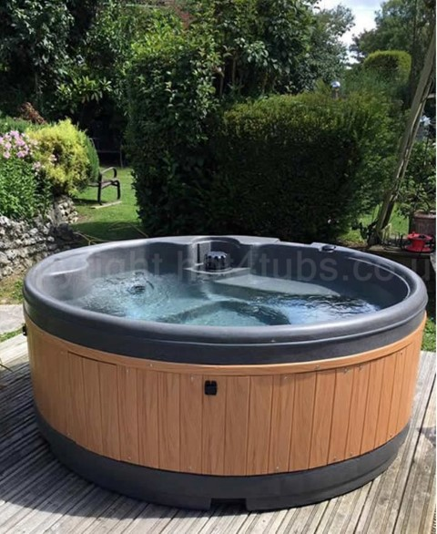hot tub hire near Pontefract