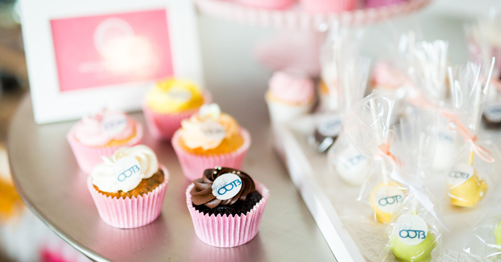 Cupcakes / Cakepops thinkOOTB Blogger Lounge by WOLKES CUPCAKES
