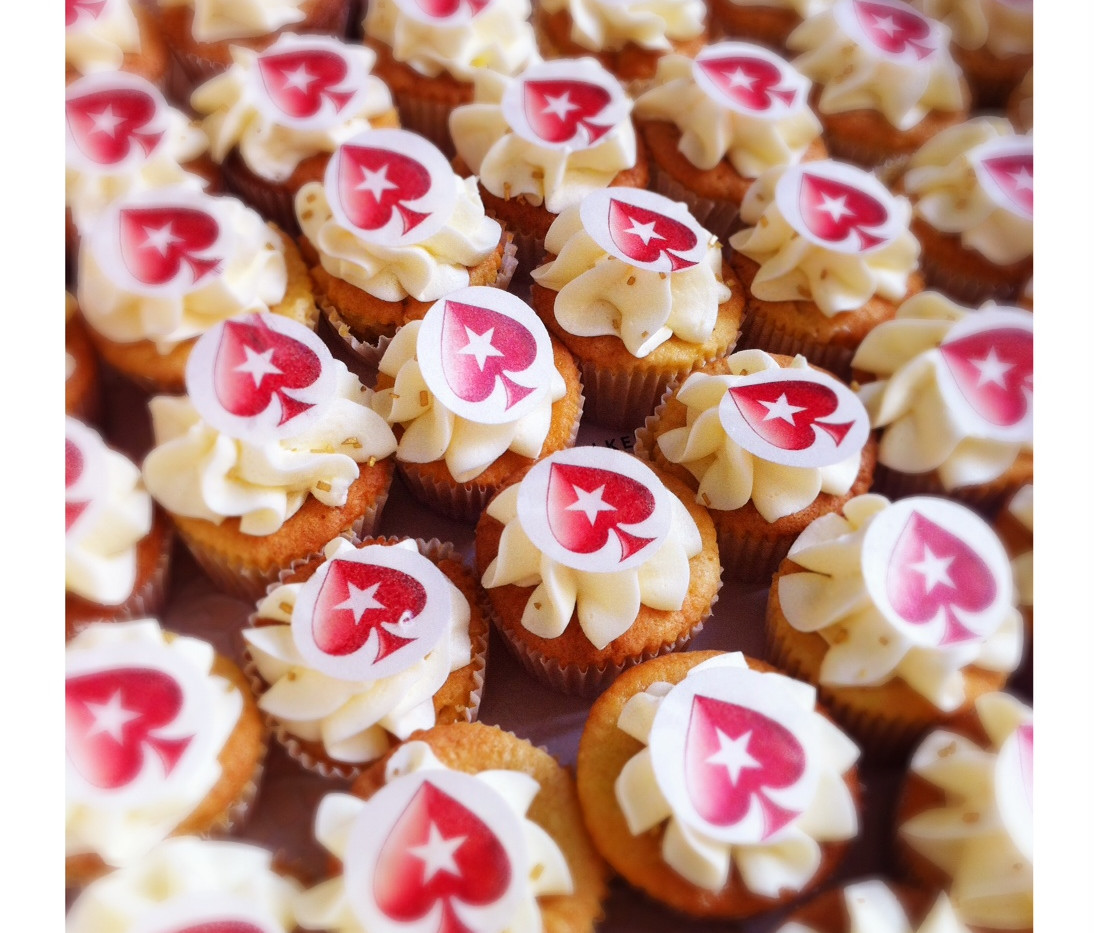Pokerstars Mini Cupcakes by WOLKES CUPCAKES