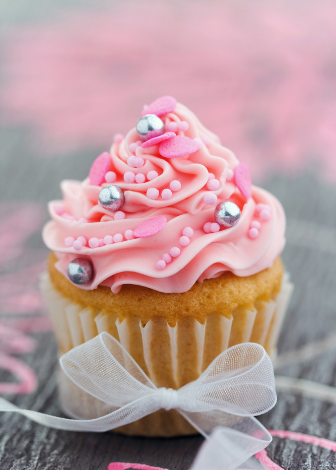 Pink Cupcake - WOLKES CUPCAKES