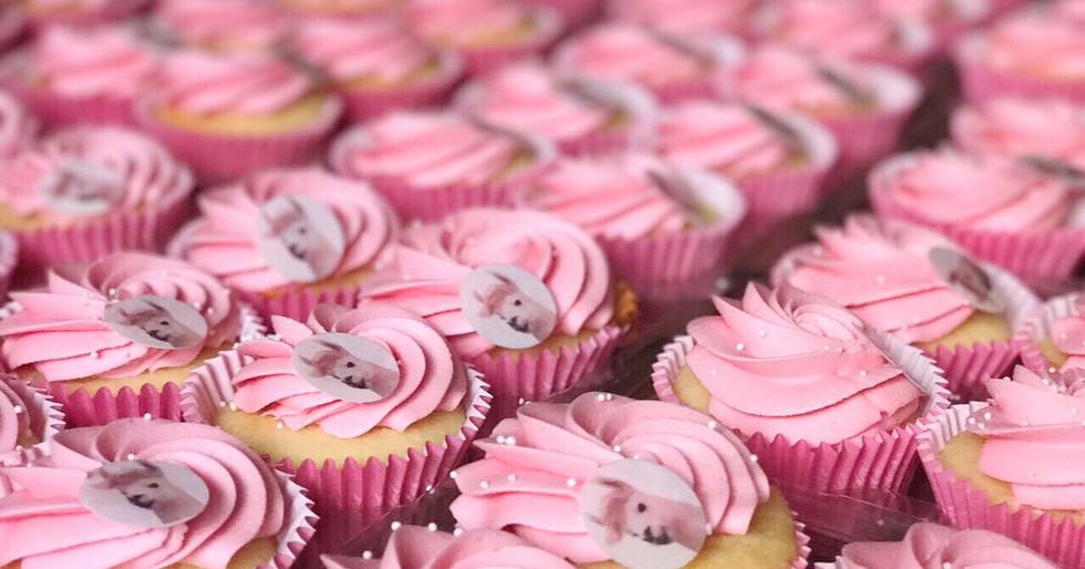 Mumm Sekt Cupcakes by WOLKES CUPCAKES
