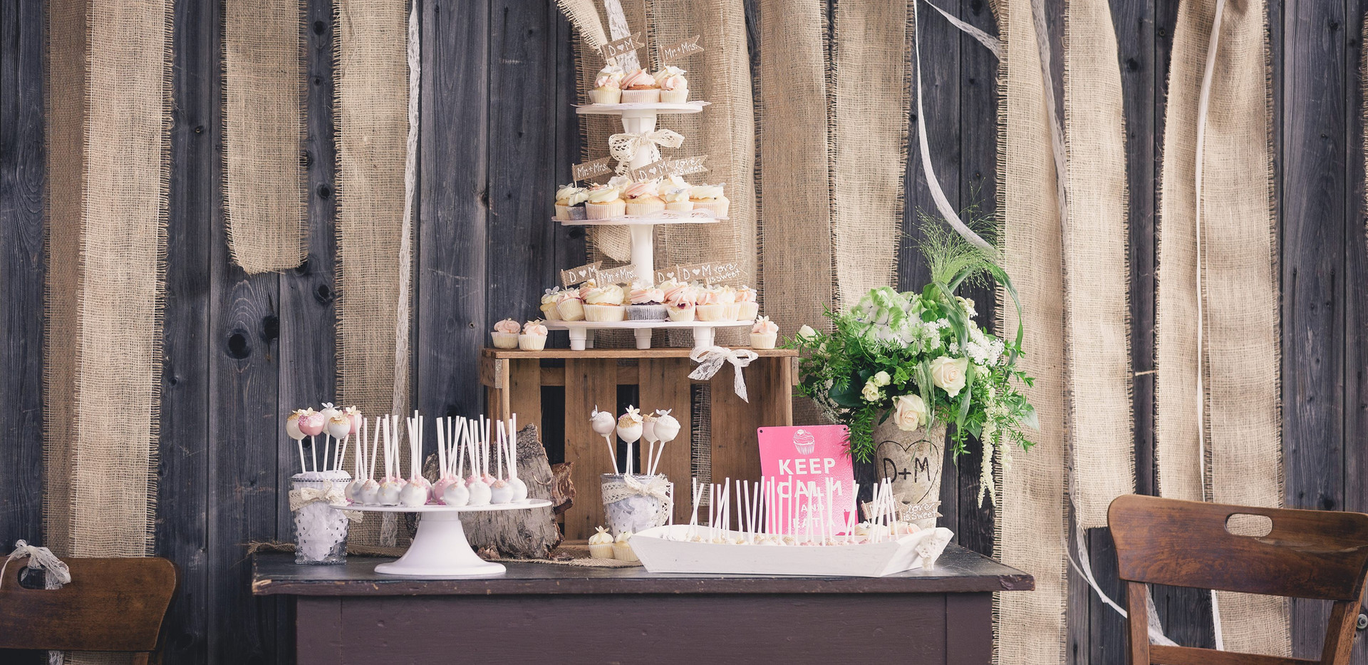 Vintage Candy Bar by WOLKES CUPCAKES