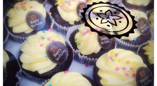 Calida Cupcakes Birthday by WOLKES CUPCAKES