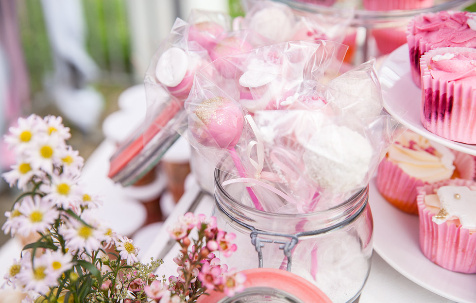 Candybar - Babyshower Baby Girl - Cakepops & Cupcakes - WOLKES CUPCAKES