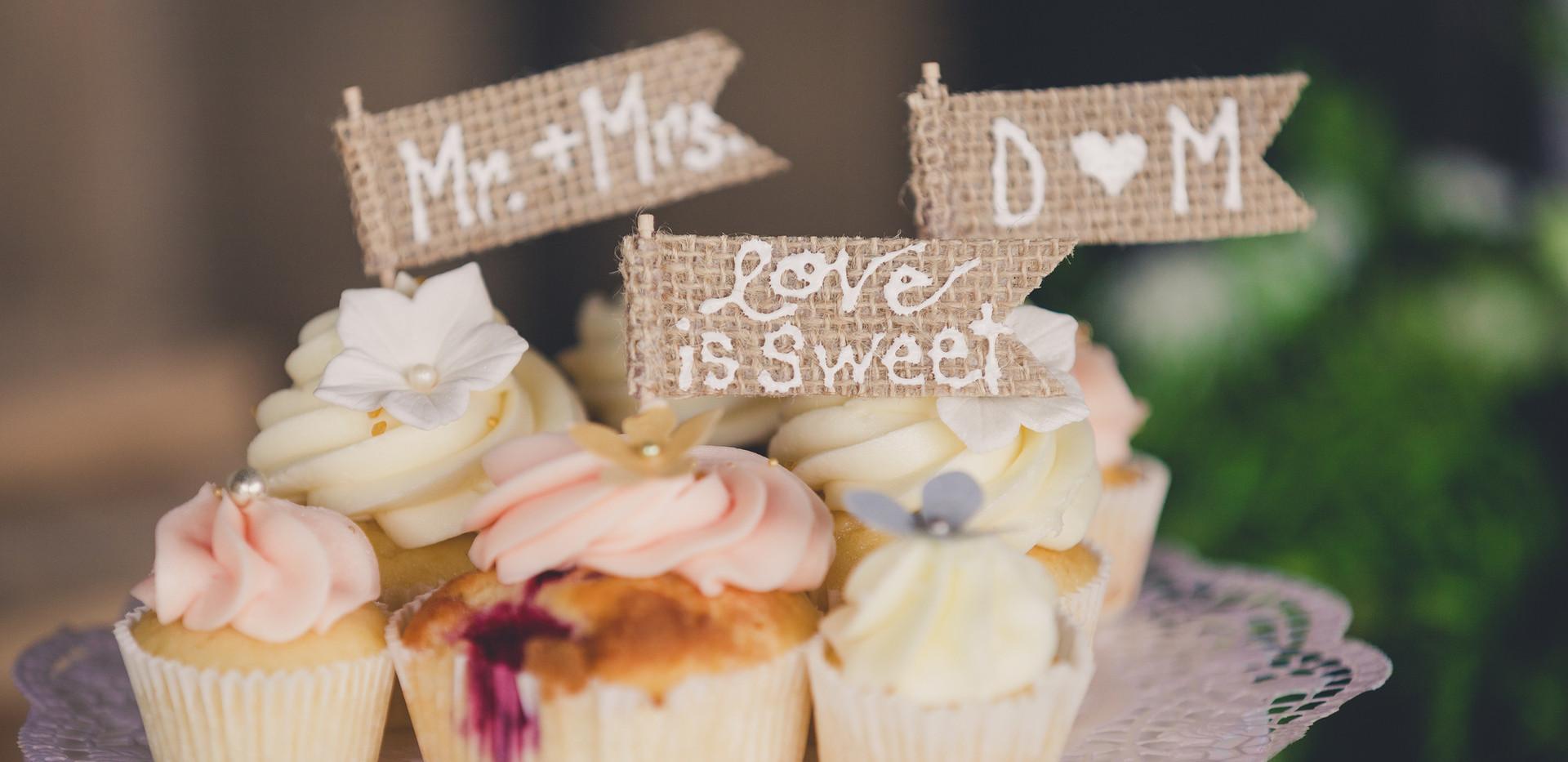 Vintage_Wedding_Cupcakes_WOLKESCUPCAKES