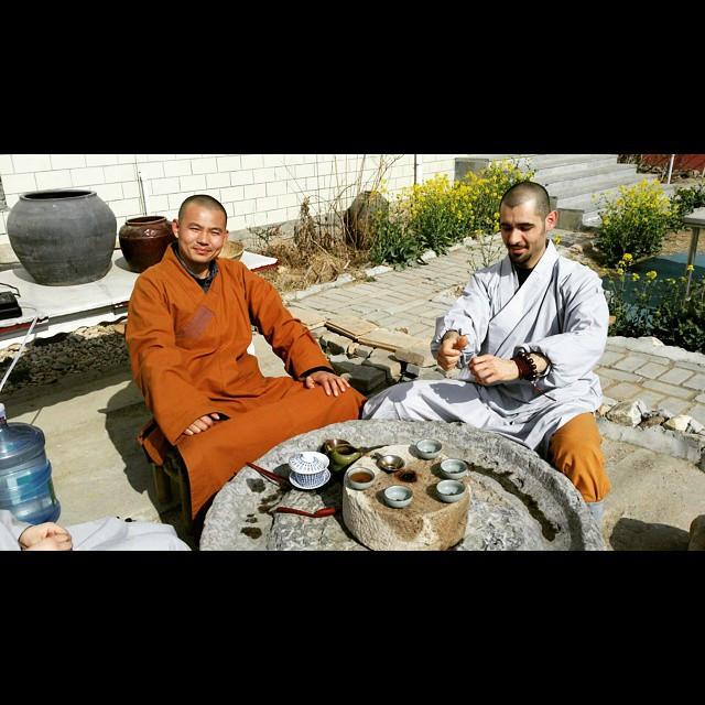 Tea with Master Shi Yan Long