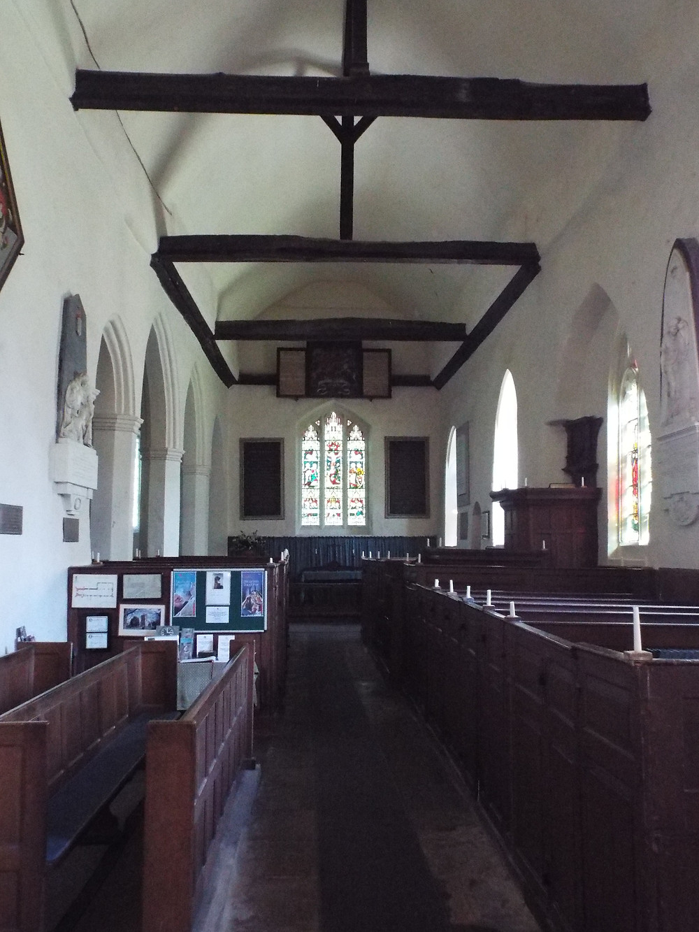 Image of crown post roof at St James Church Stanstead Abbotts