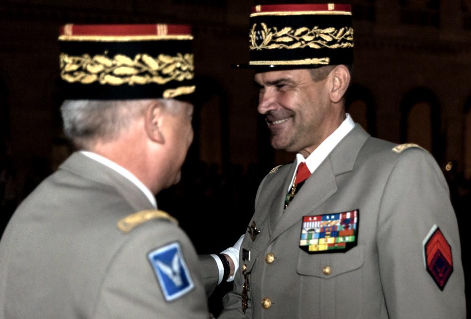 Brigadier d'honneur de l'ALAT.