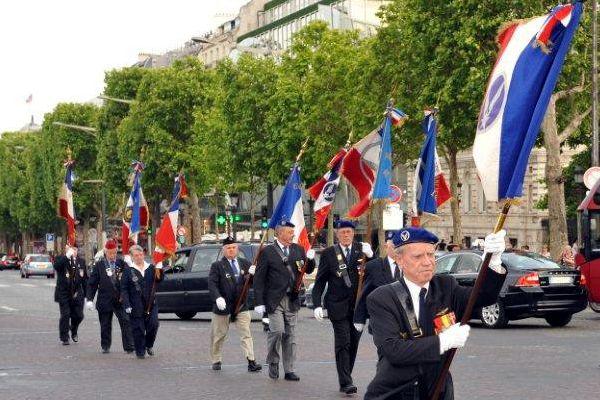 La remontée des Champs-Elysés
