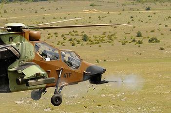Tir du canon de 30 mm du Tigre