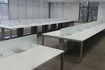 Estação de Trabalho, Mesa Plataforma, Estação de Trabalho, Mesa para escritório, mesa de escritório, Plataforma de trabalho com divisória de vidro, estação reta para escritório