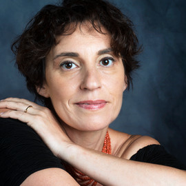 Stefania Auci Writer