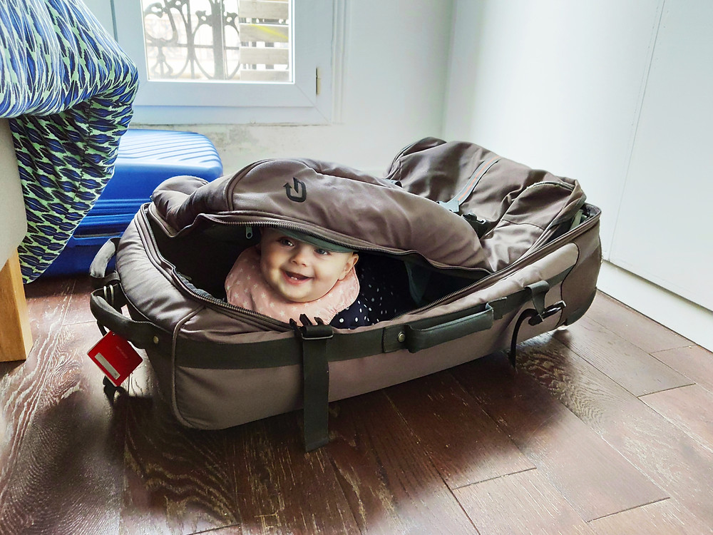 Baby Slatki in the suitcase