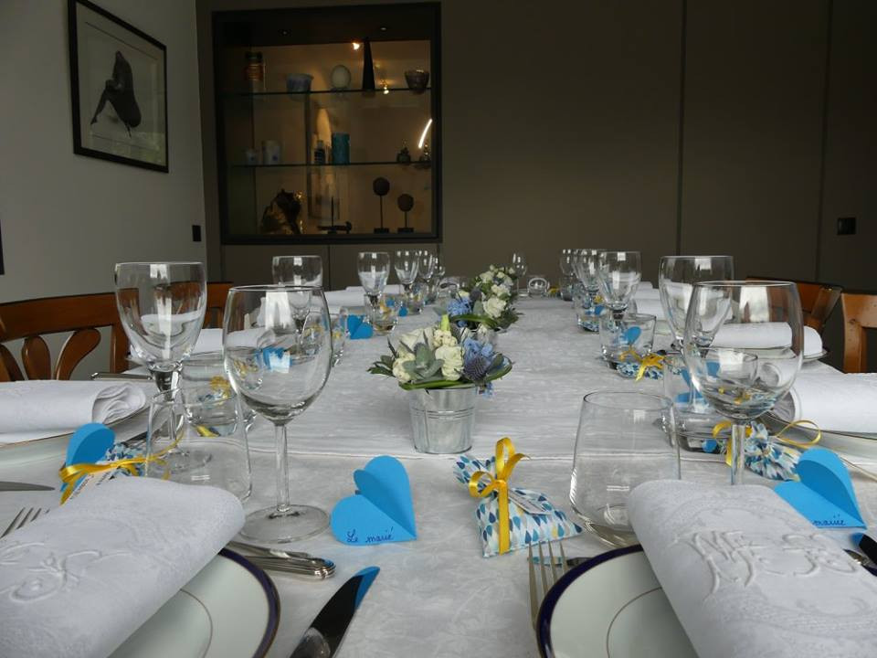 Civil wedding table decoration