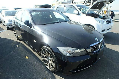 BMW 323i 2005 (VOLANTE ORIGINAL)