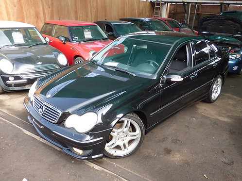 MERCEDES BENZ C200 2001 (VOLANTE ORIGINAL)