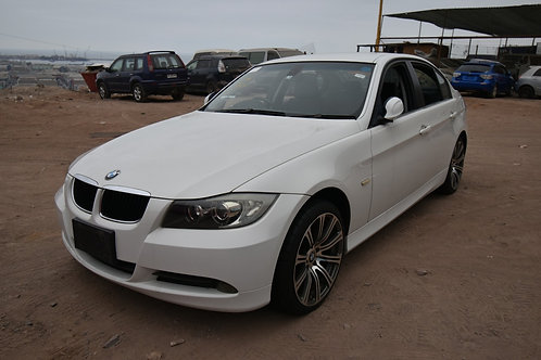 BMW 320 ( CAMBIO LISTO )