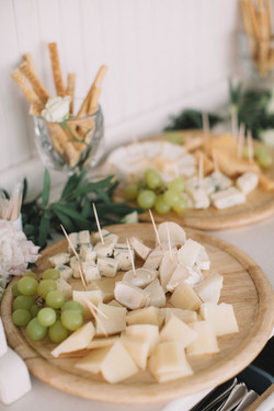 cheese-close-up-delicious-1741284