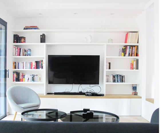 TIPHAINE MODIN | Architecte et decoration d'interieur | Nantes | Agencement maison neuve - bibliotheque et banc pour salon - cuisine ouverte noir et bois