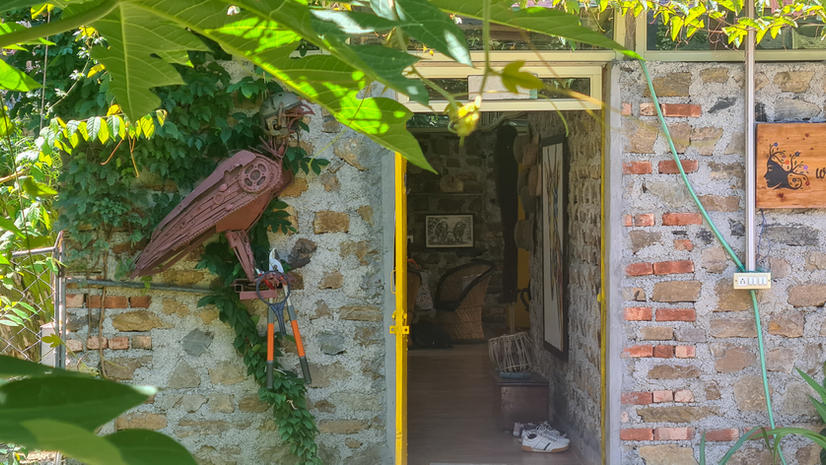 The Entrance to Art House