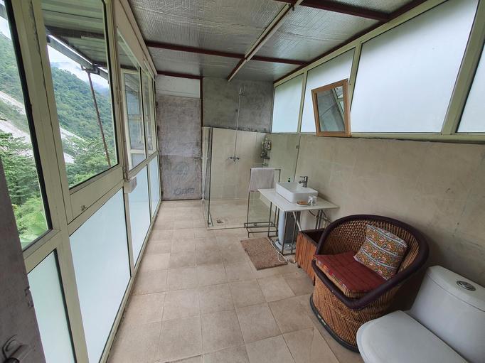 Washroom for Bedroom 2
