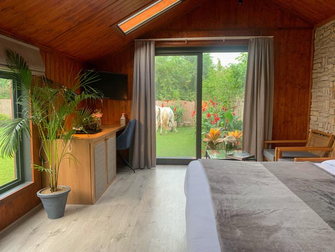 Hushstay x Black Velvet Cottage