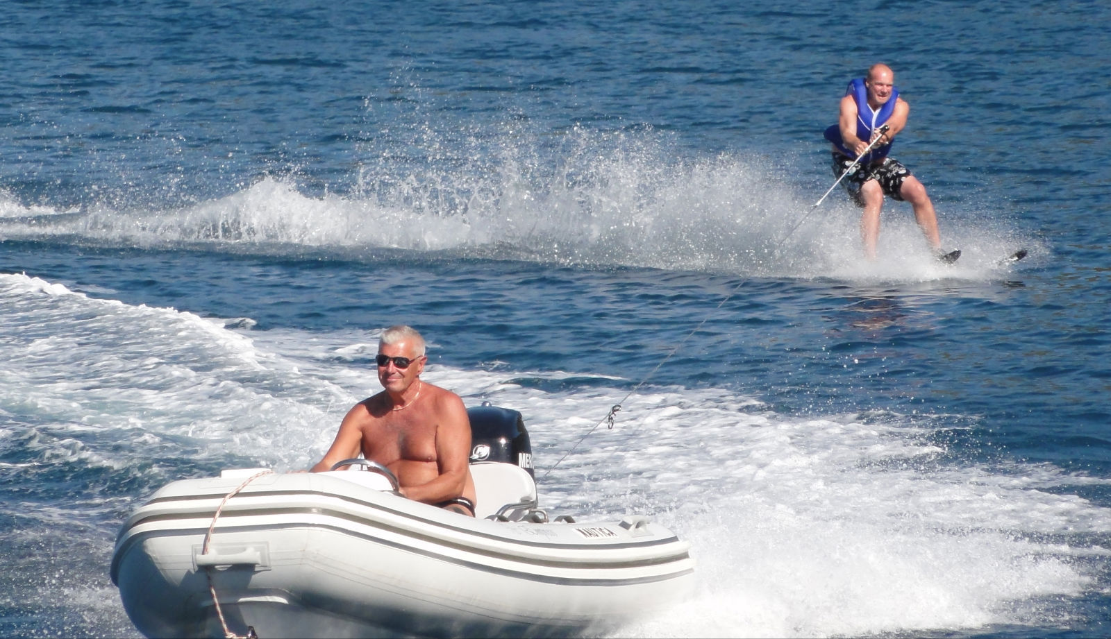 Waterskiing+with+RIB