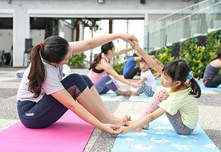family yoga2.jpg