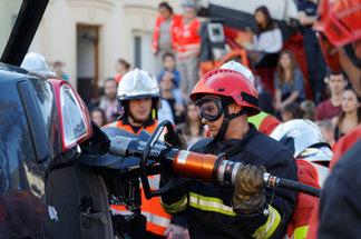 Démonstration Pompiers de Paris