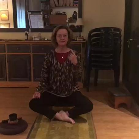 Meditación 3: La sentada de yoga