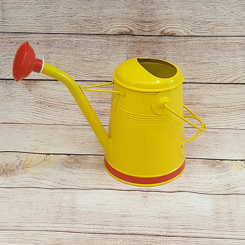 WATERING CAN (Y/RED)