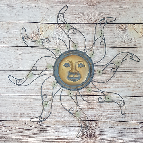 WALL DECOR METAL SUNFACE WITH FLOWER BEADS ON RAYS