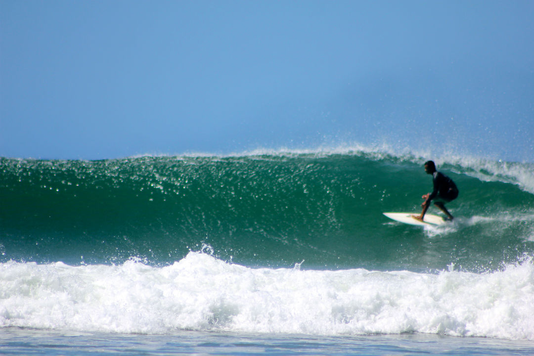 surfing_tamarindo