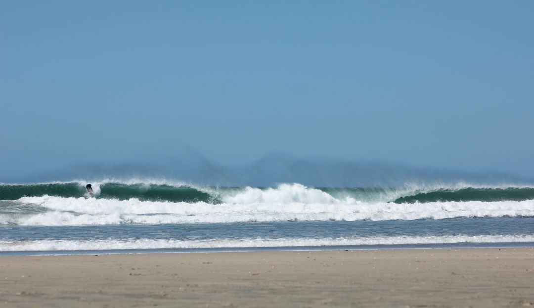 playa_tamarindo_surf