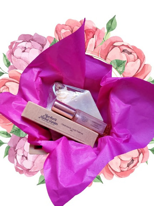 Christmas Gift Pack ~ Parfum (Rosy) with Rose Smoothing Soap