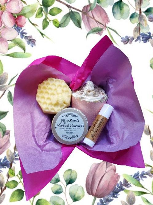 Christmas Gift Pack ~ Lip Balm, Hand Balm, Cupcake Soap & Aroma Stone