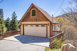 1084 Brentwood Dr, Lake Arrowhead - $699,900