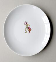 Tamborcito de Tacuarì, (série Bicentenaire), 2010, chromos sur porcelaine, Ø 29.5 cm  © photographe Ruth Gurvich