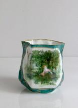 """""""Vert sèvres"""", acrylique s/montage en papier, H 9 cm, 2002, acrylique s/montage en papier, H 14 cm, Ø 6 cm  © photographe Ruth Gurvich"""