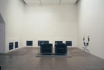 Relation d'ensemble (installation),1999, acrylique s/montage en papier  © photographe Gustavo Lowry
