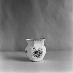 Progestèrone grise, 2004, mine de plomb s/papier, 10 x 10 cm  © photographe Jean-Michel Sicot