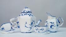 Progestérone bleue, 2002, acrylique s/montage en papier, 20 x 60 x 40 cm  © photographe Pierre Verrier