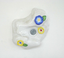 Jardin III, 2004-2005, porcelaine, 16 x 18 x 6 cm  © photographe Ruth Gurvich