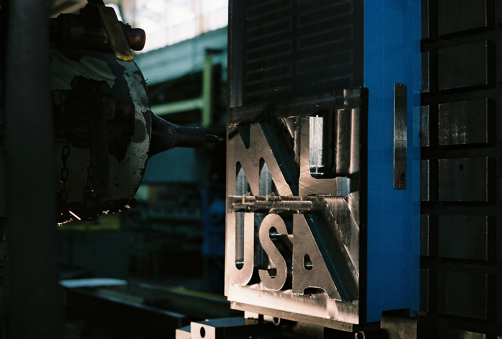 Milling a Magna-Lock USA logo on an electromagnetic chuck