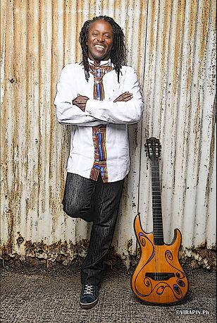 Jil PETRUS K an original guitar player.j